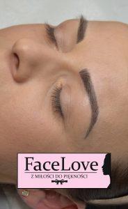 Zdjęcie makijażu permanentnego brwi bezpośrednio po zabiegu